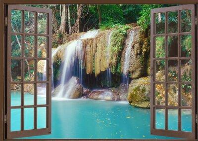 Adesivo Aprire la finestra al fine di profonda cascata nella giungla