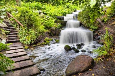 Adesivo Cascata cascata nel parco Planten un Blomen di Amburgo