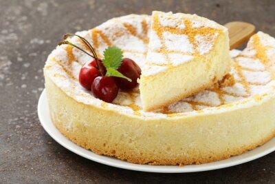 Adesivo cheesecake fatti in casa con zucchero a velo e ciliegia
