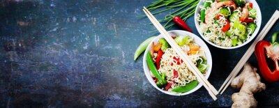 Adesivo Cinese tagliatelle con verdure e gamberi