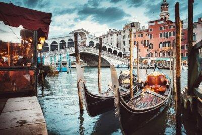 Adesivo Classica vista del Ponte di Rialto - Venezia