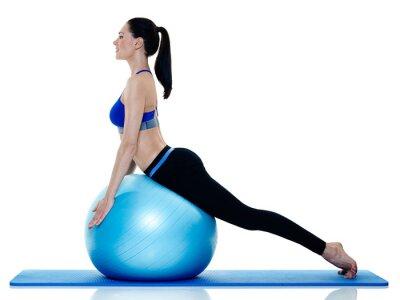 Adesivo esercizi fitness donna di pilates isolato
