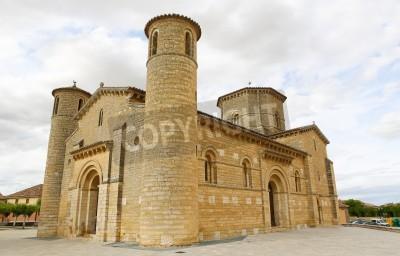 Adesivo Famosa chiesa romanica di San Martino di Tours (11 ° secolo) Fromista, Castiglia e Leon, in Spagna. Questa chiesa è, considerata la perfetta chiesa romanica. Si tratta di una famosa tappa del Cammino