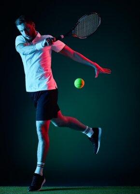 Adesivo giocatore di tennis uomo isolato