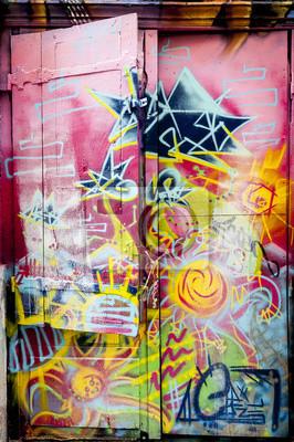 Adesivo Graffiti coloré sur une porte