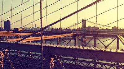 Adesivo Hazy City Skyline dal Ponte di Brooklyn al tramonto