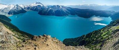 Adesivo Lago alpino e innevate montagne