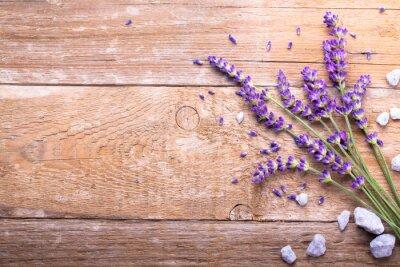 Adesivo Lavendel auf Holz