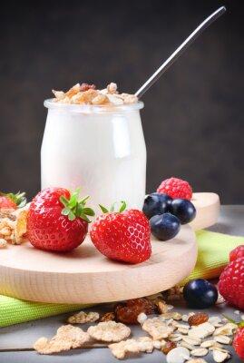 Adesivo Lo yogurt con muesli e frutti di bosco