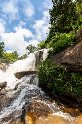 Adesivo Mae Klang cascata, Doi Inthanon parco nazionale, Thailandia