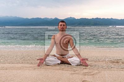 Adesivo Man meditation on the beach