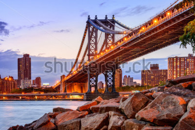 Adesivo New York City, USA at the Manhattan Bridge spanning the East River.