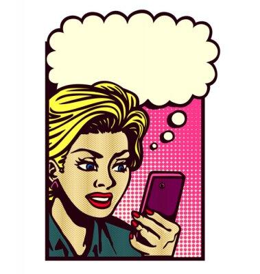 Adesivo Retro donna in stile fumetto guardando smartphone, sms, lettura di messaggi di testo, sms, e pensare con la nuvoletta illustrazione vettoriale vintage pop