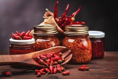 Adesivo salsa di peperoncino in vetro