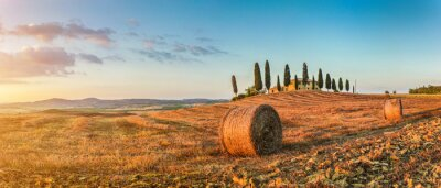 Adesivo Tuscany landscape with farm house at sunset, Val d'Orcia, Italy