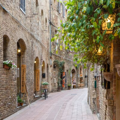 Adesivo Vicolo nel centro storico Toscana Italia