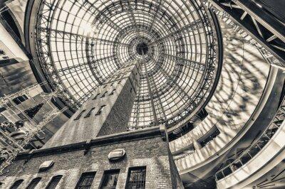 Carta da parati Alzando lo sguardo al lato colpo torre al tetto a cupola di Melbourne cento