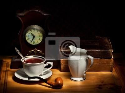 Ancora la vita con orologio tubo tazza di t e libri for Carta parati libri