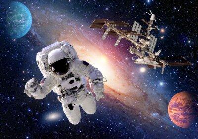 Carta da parati Astronauta tuta spaziale persone pianeta spazio stazione navetta spaziale. Elementi di questa immagine fornita dalla NASA.