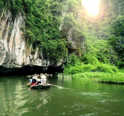 Carta da parati Barca turistica luogo più popolare in Vietnam.