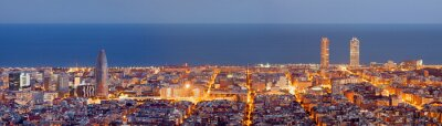 Carta da parati Barcelona skyline panorama al Blue Hour