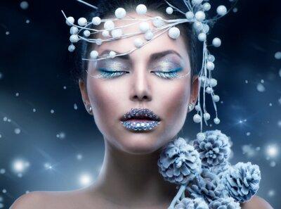 Carta da parati Beauty Winter Woman. Christmas Girl Makeup