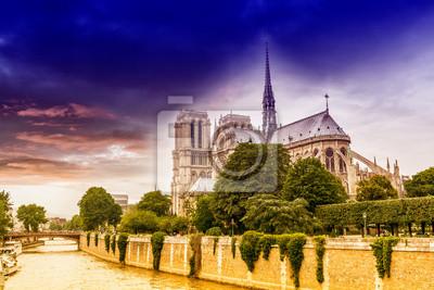 Carta da parati Bel cielo sopra Notre Dame, Parigi