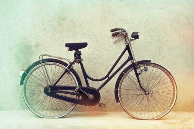 Carta da parati bella Vecchia retro bicicletta arrugginita con colori ad effetto impressionante su