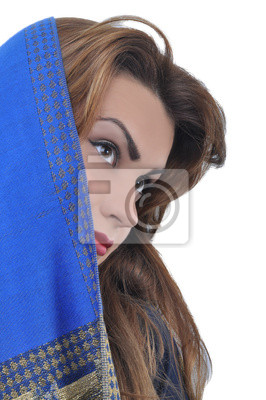 Carta da parati: Belle donne arabe, sfondo bianco