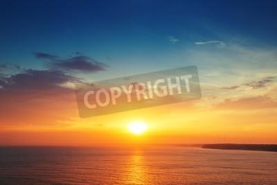 Carta da parati Bello cloudscape sopra il mare, girato tramonto