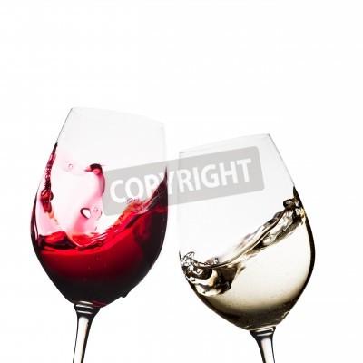 Carta da parati bicchieri di vino rosso e bianco isolati