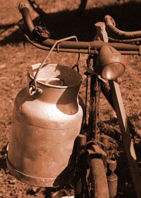 Carta da parati bicicletta del secolo scorso, utilizzato per il trasporto del latte