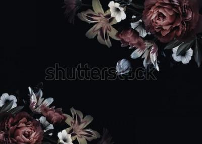 Carta da parati Carta floreale vintage con fiori. Peonie, tulipani, giglio, ortensia su sfondo nero. Modello per la progettazione di inviti di nozze, auguri, biglietti da visita, imballaggi decorativi