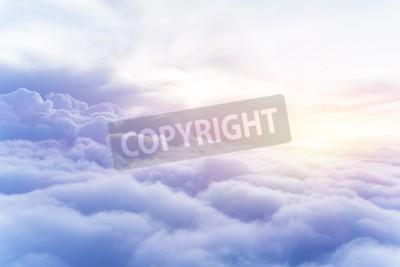 Carta da parati Cielo soleggiato astratto, bella Cloudscape, il cielo, vista sul bianco soffici nuvole, concetto di libertà