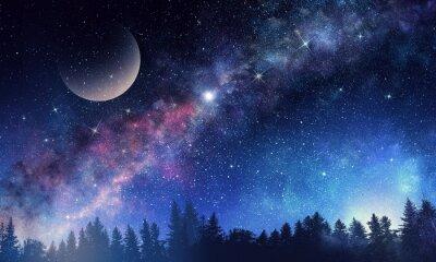 Carta da parati Cielo stellato e luna. Supporti misti