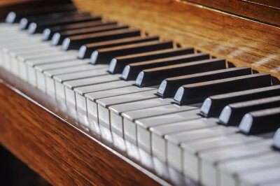 Carta da parati Close up of piano keyboard with limited depth of field