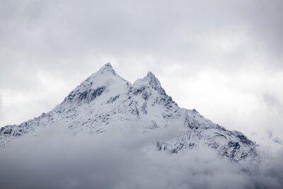 Carta da parati Coperta di neve picco di montagna in Cordillera Blanca, Perù