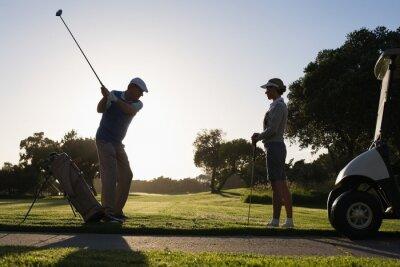 Carta da parati Coppia Golf tee off per il giorno