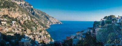 Carta da parati costiera amalfitana tra Napoli e Salerno. Italia