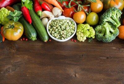 Carta da parati Crudi secchi piselli spaccati in una ciotola con le verdure
