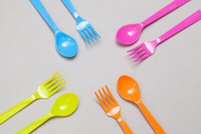 Carta da parati cucchiaio di plastica e forchetta, la condivisione