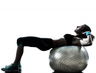 Carta da parati donna esercizio di allenamento palla fitness
