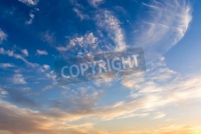 Carta da parati Drammatico cielo con nuvole bianche