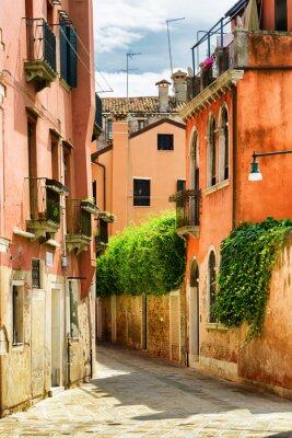 Carta da parati Facciate delle vecchie case sulla Calle Gradisca Cannaregio a Venezia