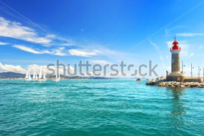 Carta da parati Faro di St. Tropez. bellissimo paesaggio mediterraneo. Costa Azzurra, Costa Azzurra, Francia
