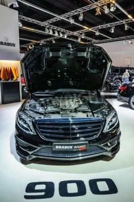 Carta da parati FRANCOFORTE - Settembre 2015: Brabus Mercedes-Maybach Rocket 900 presentata al Salone di Francoforte International Motor Show il 20 settembre 2015 a Francoforte, Germania