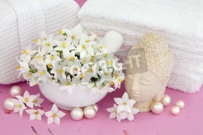 Gelsomino fiori con buddha, perle e accessori da bagno bianchi carta ...