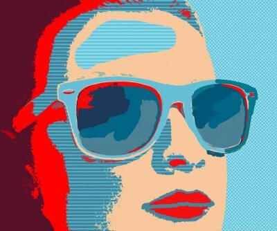 Carta da parati Giovane donna ritratto con occhiali da sole in stile pop-art