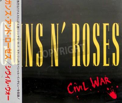 Carta da parati Gomel, BIELORUSSIA - 18 agosto 2015: CD Guns N Roses guerra civile (1993), Guns N Roses sono un gruppo hard rock americano di Los Angeles formata nel 1985.