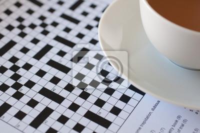 Parete Di Legno Cruciverba : Griglia di cruciverba incompiuto con una tazza di tè carta da parati
